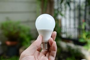 Lampy  LED: jak czytać listę parametrów [© magneticmcc - Fotolia.com]