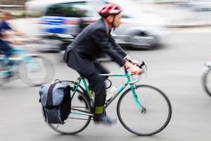 Lato na dw�ch k�kach: poradnik bezpiecznego rowerzysty [©  Christian Müller - Fotolia.com]