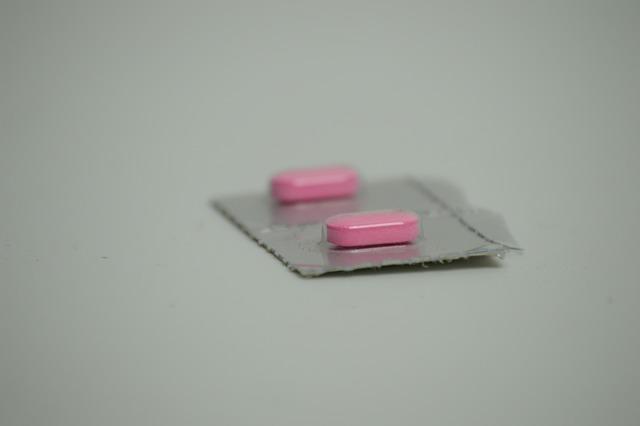 Leki na cukrzycę chronią przed jaskrą  [fot. Daniel Alvarez from Pixabay]