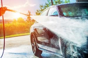 Letnie upały. Co warto mieć w samochodzie? [©  Tomasz Zajda - Fotolia.com]