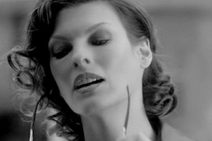 Linda Evangelista ambasadorką nowego zapachu Loewe [fot. Sephora]