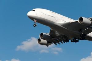 Lotnicze trendy - gdzie, kiedy i za ile podróżujemy? [© kathijung - Fotolia.com]