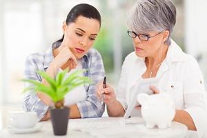 Maj to okres komunii. I większe wydatki dla dziadków [© michaeljung - Fotolia.com]