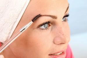 Makijaż i skóra z problemami [© Werner Heiber - Fotolia.com]