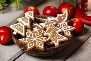 Makowiec jak papier ścierny, pierniki jak klej. Święta dla zębów [© agneskantaruk - Fotolia.com]