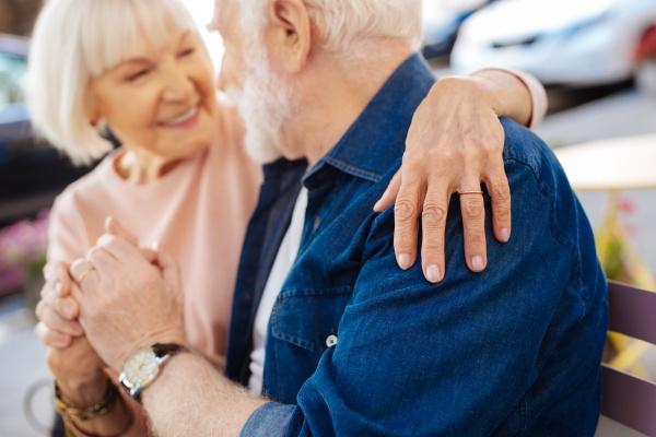 Małżeńskie szczęście - szanse na nie mogą być zapisane w genach [Fot. zinkevych - Fotolia.com]