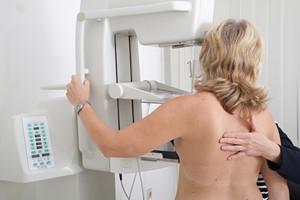 Mammografia korzystna także w sędziwym wieku [© Sven Bähren - Fotolia.com]