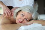 Masaż uodparnia i pomaga walczyć z przeziębieniem [© goodluz - Fotolia.com]
