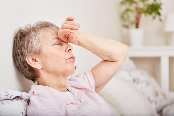 Masz ponad 65 lat? Na te objawy chorób zwracaj szczególną uwagę [Fot. Robert Kneschke - Fotolia.com]