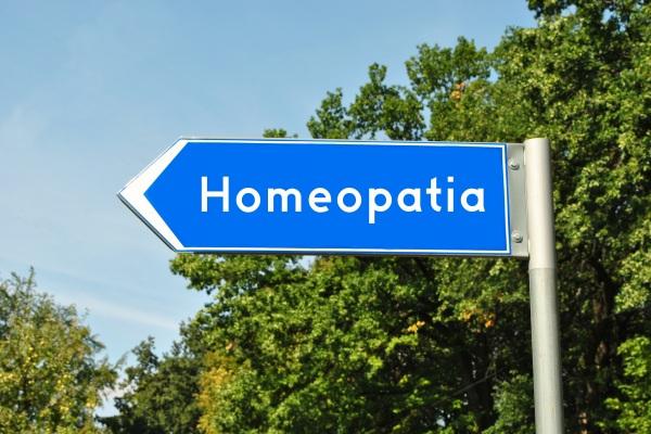 Medycyna alternatywna - aż jedna trzecia pacjentów onkologicznych z niej korzysta [Fot. bnorbert3 - Fotolia.com]