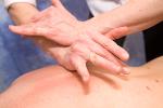 Medycyna alternatywna - osteopatia i chiropraktyka (kręgarstwo) [© Gilly Smith - Fotolia.com]