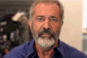Mel Gibson świętuje 100-lecie niepodległości Polski [Mel Gibson, fot. Youtube/Polska Fundacja Narodowa]