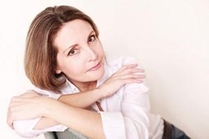 Menopauza - 5 wskazówek jak odkryć siebie na nowo [Kobieta, © Peter Atkins - Fotolia.com]