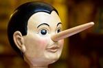 Mężczyzna kłamie, gdy ma niższy poziom testosteronu [© nevenm - Fotolia.com]