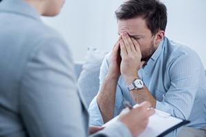 M�czy�ni trudniej prze�ywaj� stresuj�ce zdarzenia - cz�ciej skutkuj� u nich depresj� [© Photographee.eu - Fotolia.com]