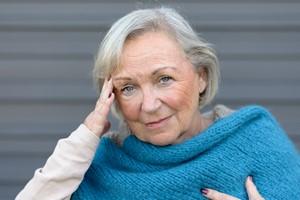 Migreny a niedoczynność tarczycy - istnieje związek miedzy tymi chorobami [© michaelheim - Fotolia.com]