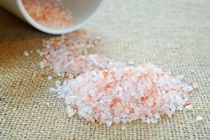 Mniej soli tylko na zdrowie [© stefania57 - Fotolia.com]