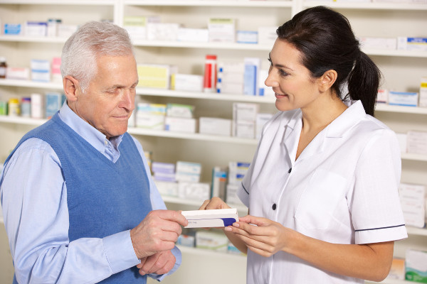 NIK: przybywa bezpłatnych leków dla seniorów [Fot. Monkey Business - Fotolia.com]