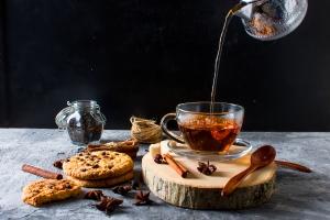 Na chłodniejsze dni - herbaty rozgrzewające. Podajemy przepisy [Fot. vimart - Fotolia.com]
