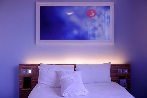 Na otyłość wpływa... oświetlenie sypialni [fot. Pexels z Pixabay]