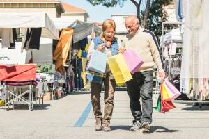 Na zakupach spędzamy nawet 8 lat życia [Fot. Mirko - Fotolia.com]