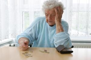 Nadal bierzemy pożyczki na opłacenie rachunków [Fot. athomass - Fotolia.com]