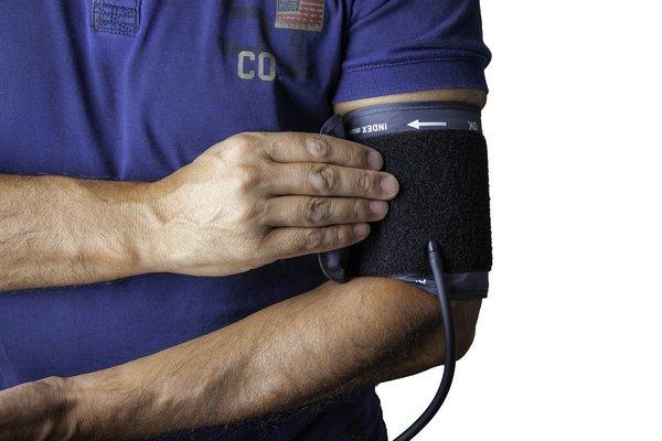 Nadciśnienie a koronawirus [fot. Gerald Oswald z Pixabay]