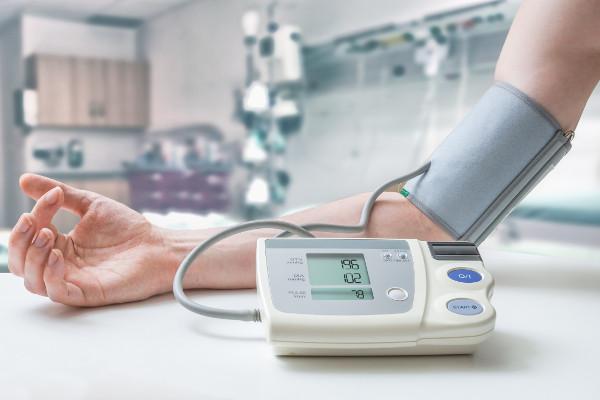 Nadciśnienie może mieć związek z rakiem piersi [Fot. vchalup - Fotolia.com]