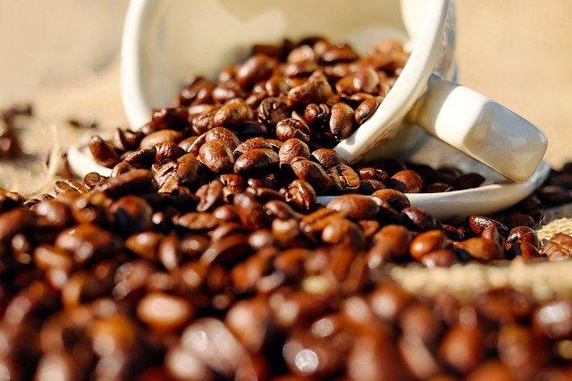 Nadmiar kawy (niefiltrowanej) szkodzi zdrowiu serca: nowe badania [fot. Couleur from Pixabay]