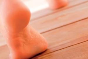 Nadmierna potliwość stóp - problem, który można rozwiązać [Fot. Gehwol]