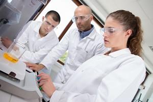 Nadzieja na leczenie wielu nowotworów? Polscy naukowcy zsyntetyzowali 40 nowych związków [© auremar - Fotolia.com/ MTTEstetica]