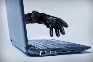 Najczęstsze oszustwa w sieci i sposoby ochrony przed nimi [Fot. ronniechua - Fotolia.com]