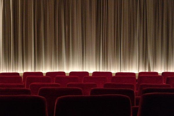 Najgorszy weekend w kinach XXI wieku [fot. Sabine Lange from Pixabay]