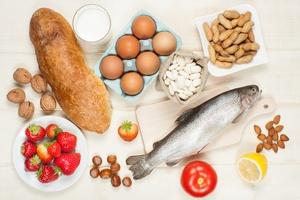Najpowszechniejsze alergeny w jedzeniu - zobacz, na co uważać [© airborne77 - Fotolia.com]