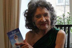 Najstarsza instruktorka jogi nagrała instruktażowe DVD [Tao Porchon-Lynch, fot. taoporchon-lynch.com]