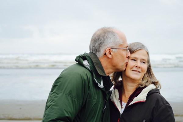 Najważniejsza cecha życiowego partnera? Życzliwość [fot. Esther Ann on Unsplash]