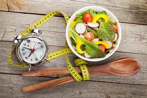 """Nie """"walcz"""" z otyłością. Zmień nawyki! [© karandaev - Fotolia.com]"""