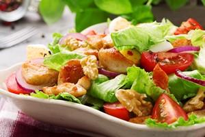 Nie daj się oszukać - to jedzenie nie jest tak zdrowe, jak przekonują producenci [© gkrphoto - Fotolia.com]