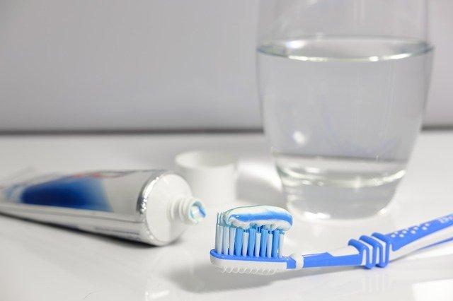 Nie dbasz o higienę jamy ustnej? Grozi ci zespół metaboliczny [fot. Bruno /Germany z Pixabay]
