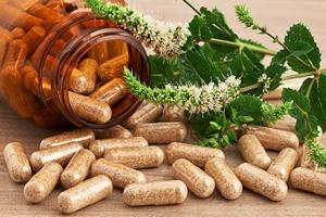 Nie pomylimy suplementów diety i leków w reklamach [©  lucaar - Fotolia.com]
