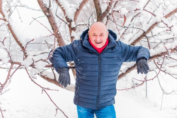 Nie przesypiaj zimy, bądź aktywny w każdym wieku [Fot. .Den_Team - Fotolia.com]