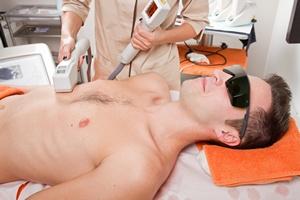 Nie tylko kobiety. Panowie a medycyna estetyczna [© Lsantilli - Fotolia.com]