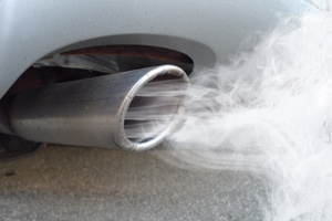 Nie wiesz, dlaczego tyjesz? Zyskiwaniu na wadze sprzyjają zanieczyszczenia [© fotohansel - Fotolia.com]