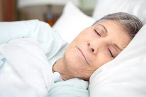 Nie zaniedbuj snu - jest niezbędny dla zdrowia także w starszym wieku [© digitalskillet1 - Fotolia.com]