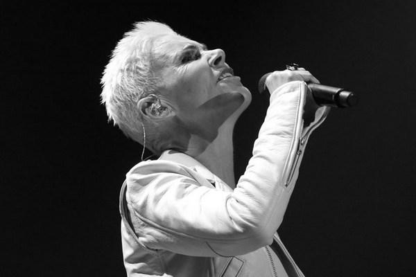 Nie żyje Marie Fredriksson z Roxette [Marie Fredriksson, fot. Eva Rinaldi - Roxette Live Sydney, CC BY-SA 2.0, Wikimedia Commons]