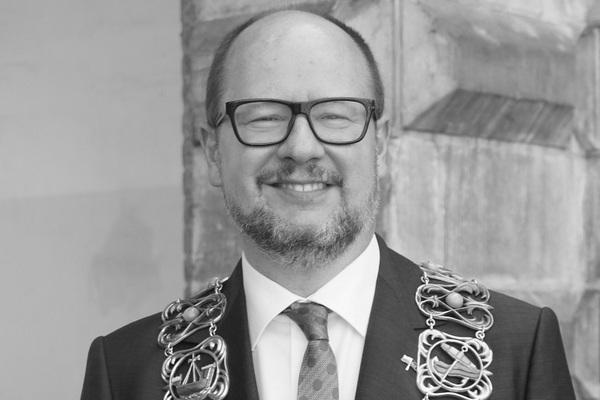 Nie żyje Paweł Adamowicz, prezydent Gdańska [Paweł Adamowicz, fot. Rudolf H. Boettcher, CC BY-SA 4.0, Wikimedia Commons]