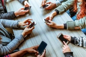 Niedługo w Polsce będzie więcej smartfonów niż samochodów [Fot. pixelrain - Fotolia.com]