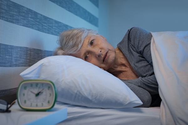 Niedobór snu zagraża zdrowiu - sypianie poniżej 6 godzin osłabia serce [Fot. Rido - Fotolia.com]