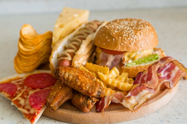 Niewłaściwa dieta odpowiada za jedną na pięć śmierci? [Fot. anaumenko - Fotolia.com]