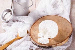 Niezwykłe zastosowania białego sera. 7 pożytecznych właściwości twarogu [© lily_rocha - Fotolia.com]